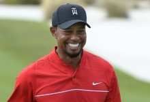 El cirujano da el OK a Tiger y este ya tiene vía libre para probar todo tipo de golpes sobre el campo