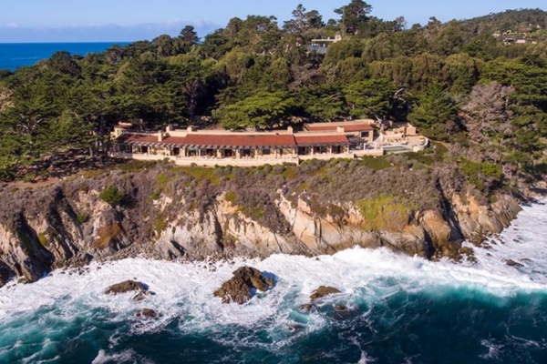 Casa Pebble Beach 50 millones @zillowdotcom