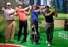 ¡Congelados! Sergio, Scott y Els se fotografiaron junto a la figura de Tiger imitando su swing