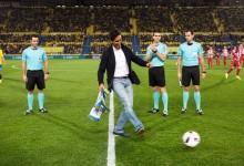 Rafa C.-Bello, protagonista en el UD Las Palmas-At. de Madrid de Copa. Fue el autor del saque de honor