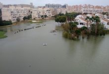 La lluvia hace estragos en Alicante Golf. El agua anegó el campo convirtiéndolo en un gran lago
