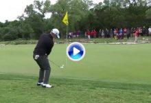El Golf es duro: Cauley penaliza y se deja el liderato tras tocar la bola cuando estaba en el aire (VÍDEO)