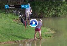 Espectacular golpe de Heath desde dentro del agua. El inglés también se quedó en calzoncillos (VÍDEO)