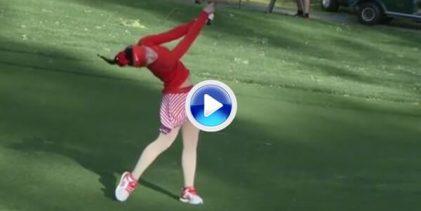 Conozcan a Lucy Li, la niña prodigio que sorprende al mundo con su descaro… y su gran swing (VÍDEO)