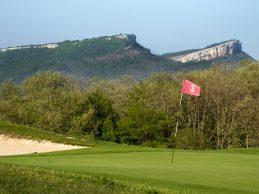 Izki Golf, campo ubicado en Urturi-Álava, presenta sus novedades en la feria UniGolf de Madrid