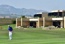 ¡Quirós, qué bueno que volviste! El gaditano borda el Golf en Italia y ya es líder en solitario del evento