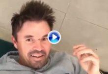 Un ex jugador de cricket australiano recibe una brecha al hacer de tee humano de su hijo (VÍDEO)