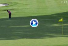El Golf es duro: ¿Que ocurre cuando pateas cuesta arriba y no alcanzas la bandera? (VÍDEO)