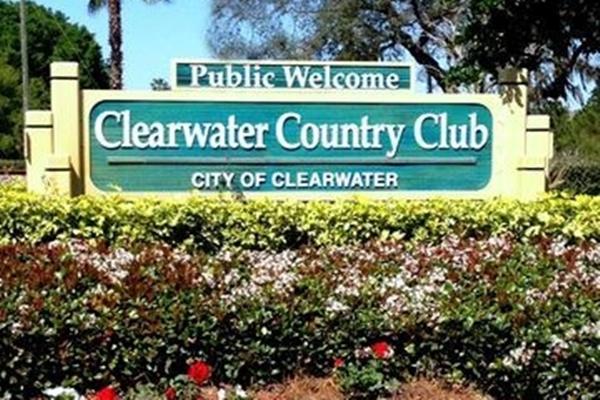 Entrada al Clearwater Country Club en Florida