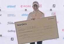 Luna Sobrón conquista su 2º título en el LETAS al imponerse en el Castellum Ladies Open de Suecia
