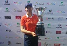 ¡Y Azahara lo volvió a hacer! La malagueña revalida con gran suficiencia el Andalucía Open de España