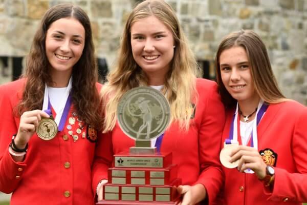 Blanca Fernández, Dimana Viudes y Elena Arias, Campeonas del Mundo Junior