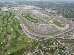 Las 500 millas y 7.000 yardas de Indianapolis. Golf y Automovilismo se fusionan en el Brickyard Crossing