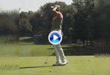 El Golf es duro… Southgate, sancionado con 4 golpes por no conocer las reglas pateando en green