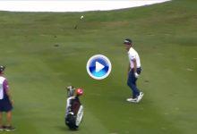 Eagle y palo al aire para celebrar el golpazo del día en el PGA Tour desde Kuala Lumpur (VÍDEO)