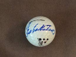 La última bola que disputó Seve en un Masters ya está en casa gracias al regalo de un caddie