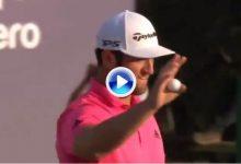 Y Rahm sacó el puño en el 18, un birdie que le mete 2º en la Final del Tour a falta de 18 hoyos (VÍDEO)