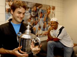 Federer supera a Tiger Woods como el deportista con más ganancias por premios de la historia