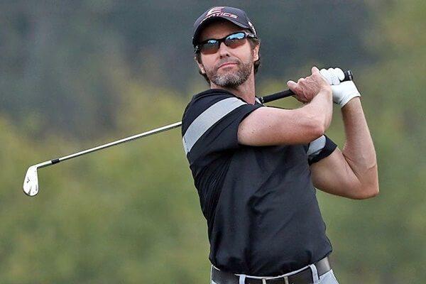 El australiano Mark Hensby sancionado por el PGA Tour un año por violar la política antidopaje