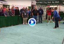 Este amateur embocó un putt de 36 metros para llevarse un premio valorado en 100k $ (VÍDEO)