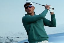 Rafa brilla en su regreso al PGA con una gran vuelta en el debut de Pebble Beach. Gay y Langley, líderes