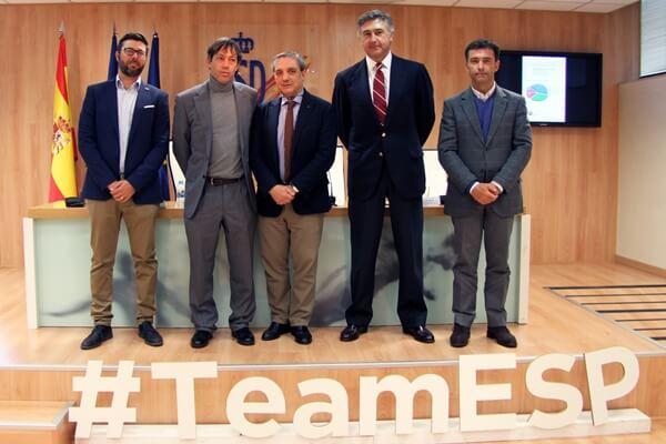 En la foto, de izqda. a dcha. José Vicente Pérez Cuartero, David Pastor, Carlos Celles, Jaime Salaverri y Enrique Martín