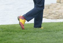 ¿Adivinan de quién son estos zapatos? Ya jugaron 36 hoyos y estarán el fin de semana en el CNG