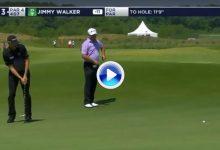 El Golf es duro… Jimmy Walker truncaba su racha de aciertos con esta cruel corbata de 360º (VÍDEO)