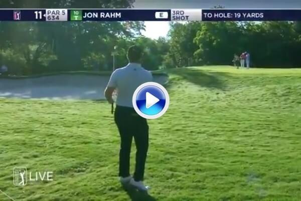 Rahm hace fácil lo que parece complicado con este Chip por alto para enmarcar en Fort Worth (VÍDEO)