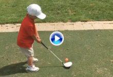 Para Nicklaus, Sorenstam y Leadbetter, este niño de 3 años tiene el mejor swing del mundo (VÍDEO)
