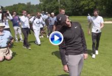 El mundo del fútbol se las vio y se las deseó para dejar la pelota cerca de bandera con el pie (VÍDEO)
