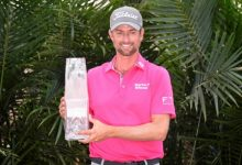 Webb Simpson no falla y sentencia un descafeinado Players. C.-Bello, con un T17, brillante trabajo