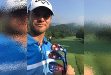 Wesley Bryan rinde tributo a su país y al «A Military Tribute at Greenbrier» con sus wedges el 4 de julio