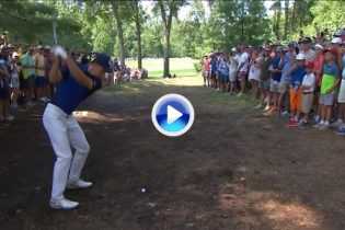 El Golf es duro… Spieth dice adiós al Grand Slam tras este doloroso e inusual triplebogey (VÍDEO)