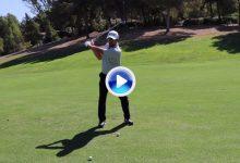 La importancia de la conexión entre los brazos y el cuerpo en el swing por Rafa Pérez en 2′ (VÍDEO)