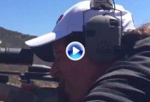 ¡Que tiemble Europa! Mickelson se prepara para la Ryder Cup actuando de francotirador (VÍDEO)