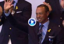 París se rinde a los pies de Tiger Woods en la ceremonia de inauguración de la Ryder Cup (VÍDEO)