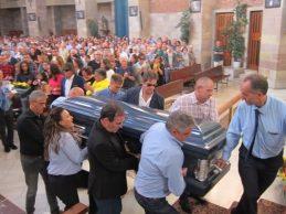 """Cientos de personas dan el último adiós en Cantabria a Celia Barquín, una persona """"Increíble"""""""