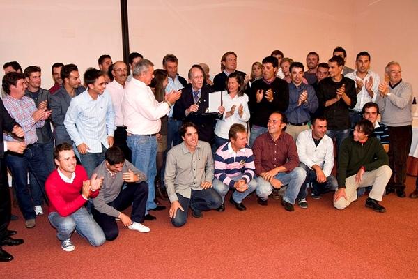 Manolo Beamonte homenajeado por la Federación Madrileña en Layos en 2011. Foto: Gnews