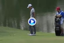 El Golf es duro… Boonma pagó doblemente la penitencia tras un inoportuno salto de rana (VÍDEO)
