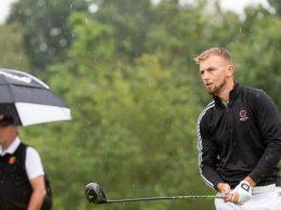 Un golfista se queda sin poder jugar la Final de la Escuela del Tour Europeo por rastrillar un bunker