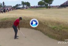 Para Tiger Woods éste fue su mejor golpe en 2018. Tirazo desde un bunker de calle en el Open (VÍDEO)