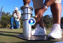 ¿Alguna vez vio cómo se cambian los hoyos en un campo de Golf? Aquí se lo mostramos (VÍDEO)