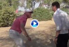 Westwood estrenó el nuevo dropaje en un divertido momento junto al árbitro español Vidaor (VÍDEO)