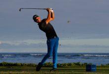 El canadiense Svensson pega primero en el Sony Open con una ronda de manual con 61 golpes