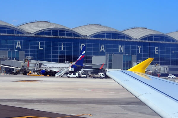 El Aeropuerto De Alicante Contará Con El Primer Sports Bar