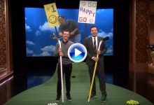 "Jimmy Fallon retó a Rory a un concurso de ""putts Happy Gilmore"" con palos de hockey (VÍDEO)"