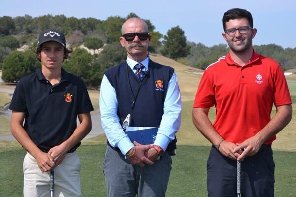 Alvaro Mueller (izquierda) en el comienzo de las semifinales en Las Colinas Golf