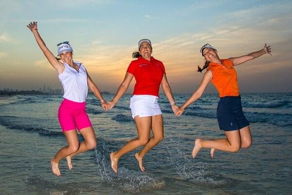 Noemí Jiménez, Carmen Alonso y Silvia Bañón son tres de las cinco españolas que pasaron el corte en el Women's NZW Open en Australia. Foto: LET