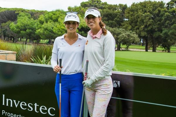 Noemí Jiménez y Silvia Bañón durante la primera jornada del South African Womens Open. Foto: LET